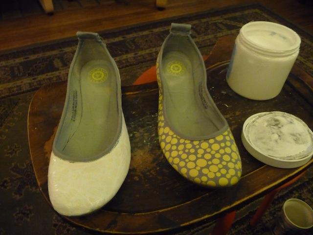 Orange Painted Shoes (1/2)
